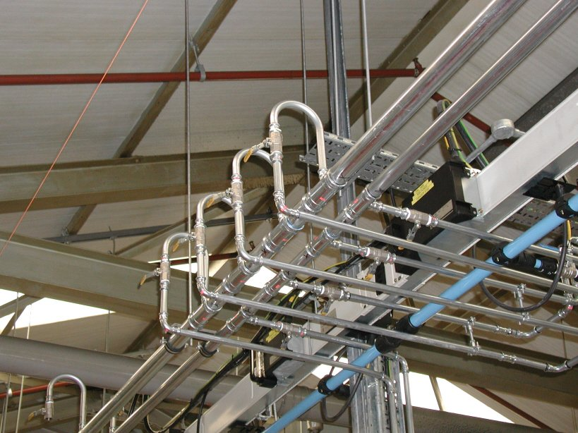 Distribution-pipework-coolant-management