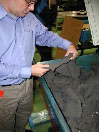 coolant management system grinding waste